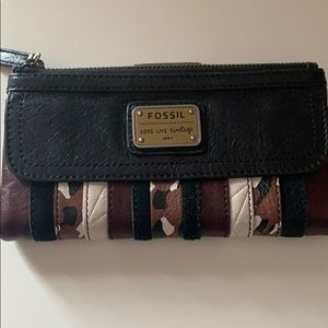 Fossil Emory PW Clutch Wallet